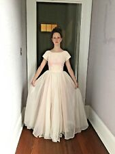 Vintage 50's/60's Pink Princess Wedding Gown Ballgown embroidery, crinoline