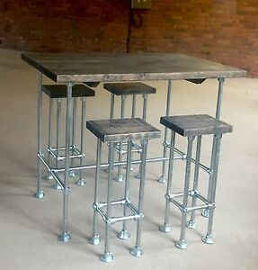 INDUSTRIAL TABLE / breakfast bar and stools