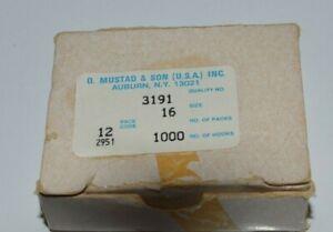 Box of 1,000 MUSTAD CARLISLE HOOKS 3191 SIZE 16 RINGED Bronze
