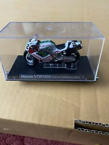 1/24 HONDA VTR1000 Colin Edwards 2000 Diecast Motorcycle Model IXO