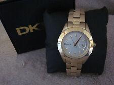 DKNY NY2132 Womens Jitney White Dial Goldtone Stainless Steel Bracelet Watch NIB