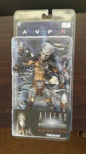 NECA Alien vs Predator Requiem Predator Figure/Mask and accessories-unopened
