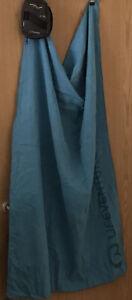 Life venture Trek Towel. Large, With storage pouch 90x125cm