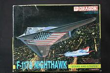 YL039 DRAGON 1/144 maquette avion 4550 F-117A Nighthawk Stars and Stripes F117A
