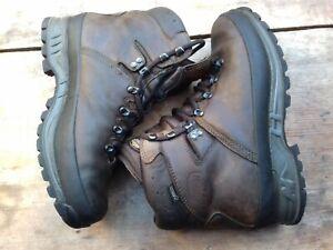 MEINDL BHUTAN mens Goretex leather walking boots size UK8.5 brown