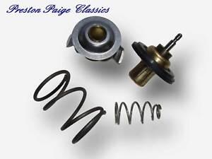Jaguar Thermostat (V8) - X350 / S-Type / XK / XKR / XF / XFR (Genuine)