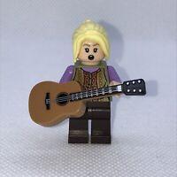 LEGO Phoebe Buffay Minifigure FRIENDS TV CENTRAL PERK idea061 from 21319 Genuine