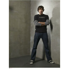Chuck (TV Series) Zachary Levi as Chuck Bartowski in Corner 8 x 10 inch photo
