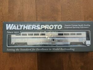 Walthers Proto Amtrak Superliner Dining Car