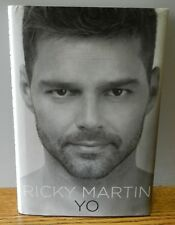 "2010 ""Yo"" Written by Ricky Martin Signed Spanish 1st edition hardcover book"