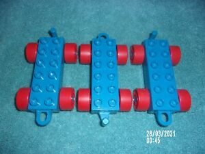 BLUE LEGO 3 DUPLO CONNECTING TRAIN CARS