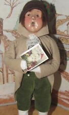 Byers Choice Caroler Victorian Boy with Post Card 1995 8/100 *