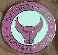 OXFORD UNITED GIRLS PINK  ROUND CREST  ENAMEL PIN BADGE