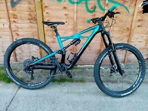 Specialized ENDURO FSR  MEDUIM, FULL SUSSPENSION,  ADULT'S Mountain Bike.