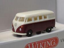 Wiking VW T1 Bus, rot/ hellbeige - 0932 02 - 1:160