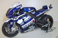 Motos miniatures sous boîte fermée Yamaha