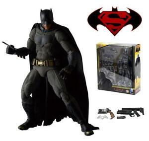 Batman vs Superman Dawn of Justice Batman Mafex 017 Medicom Action Figure 30