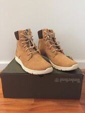 Timberland womens 100%premium nubuck boot size 9,5 very light and comfortable