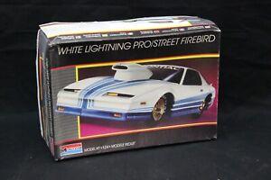 Monogram WHITE LIGHTNING PRO/STREET FIREBIRD Model Kit 1:24 Open Box NICE