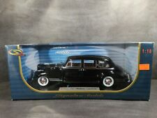 Signature 1941 Packard 180 LeBaron Limousine 1:18 Scale Diecast Model Car Black