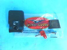 GU03484000 SERRATURA FISSAGGIO BORSE ORIGINALE MOTO GUZZI