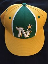 Minnesota Northstars Mitchell & Ness Hat Fitted Wool Size 7 1/4 Hockey NHL