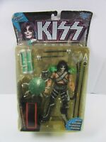 NEW TODD MCFARLANE TOYS KISS PETER CRIS ULTRA POSABLE ACTION FIGURE