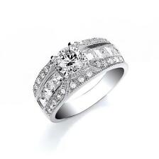 RHODIUM PLATED 925 HALLMARKED SILVER SOLITAIRE RING WITH PRINCESS CUT SHOULDERS