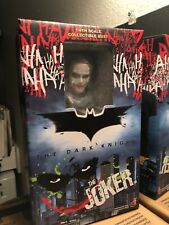 Hot Toys The Joker Batman The Dark Knight 1/4 Bust New with Box