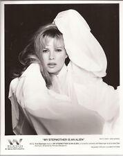 PF My Stepmother is an Alien ( Kim Basinger )