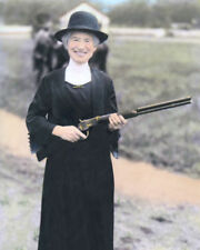 """ANNIE OAKLEY 1922 WESTERN SHARPSHOOTER 8x10"""" HAND COLOR TINTED PHOTOGRAPH"""