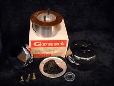 NOS 3570 GRANT STEERING WHEEL ADAPTER KIT- FITS 1962-66 Datsun all xcept Spt Cpe