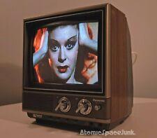 PANASONIC QUINTRIX II VINTAGE TELEVISION SET 1982 COLOR PILOT TV