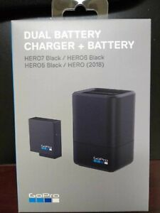 GoPro Dual Battery Charger with Battery for HERO5/6/7 Black AADBD-001 NEW!