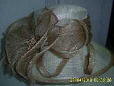 Cappelli da donna beige in paglia  1430f08ac781