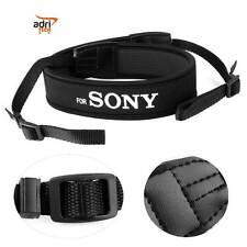 Cinghia Tracolla colore nero  neoprene universale per fotocamera for  SONY a100,
