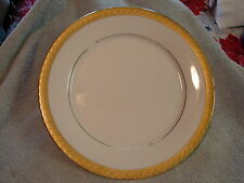 Salad Plate, 8 1/2 in Centurion Collection PURE GOLD 9414