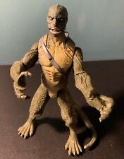 Marvel 2012 Lizard The Amazing Spiderman Action Figure Reptile Blast Squirts