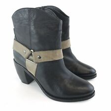 Pavers Size 38 / UK5 Black Leather Ankle Pull On Zip Block Heels Cowboy Boots