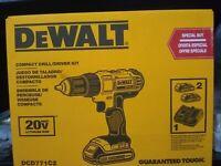 """DEWALT 20V MAX Li-Ion 1/2"""" Compact Drill Driver Kit DCD771C2 - BRAND NEW IN BOX"""