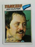 1977 Jim Hunter # 280 Topps Baseball Card New York Yankees NY HOF