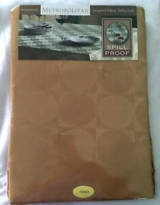 """Tablecloth 70"""" Round Metropolitan Jacquard Fabric Circle Square Stainproof NEW"""