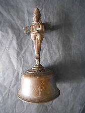 Cloche de Service Bronze decor gravé et manche figurine janus indouistes Hanuma