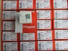 Disjoncteur Legrand Mosaic différentiel 1P+N  230V  16 A  30 mA -2 mod BLANC