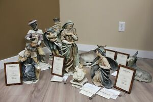 Giuseppe Armani #375/1000 Limited Ed. Handcrafted Sculpture Nativity Set