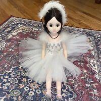"Vintage Madame Alexander 1966 ELISE BALLERINA 17"" White Feather Dress, Bride??"