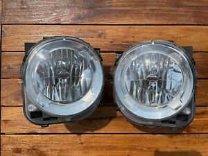 2015-2017 Jeep Renegade OEM Headlight Pair Right and Left with LED Bulbs