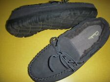 Clarks Men's Suede Leather Faux Fur Lined Moccasin Slippers Men's 10 M Grey 10M