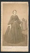 CDV c. 1870 - Jeune Fille Belle Toilette Toulouse - T122