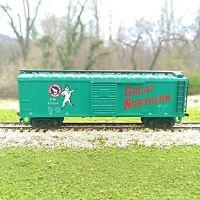 Vintage AHM HO scale 40 Foot Box Car Great Northern Green Goat Logo